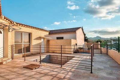 - 4 rooms - 93 m²