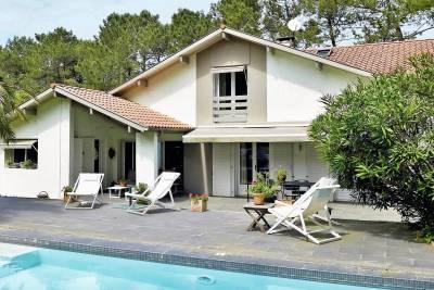 - 8 rooms - 210 m²