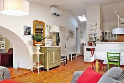 - 4 rooms - 106 m²