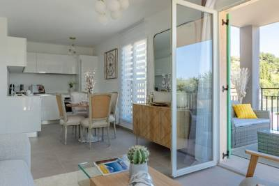 BORMES-LES-MIMOSAS - Apartments for sale