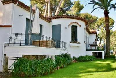 Maison à vendre à CAP D'ANTIBES  - 5 pièces - 215 m²
