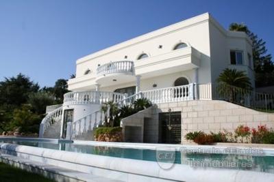 Maison à vendre à MANDELIEU-LA-NAPOULE  - 7 pièces - 386 m²
