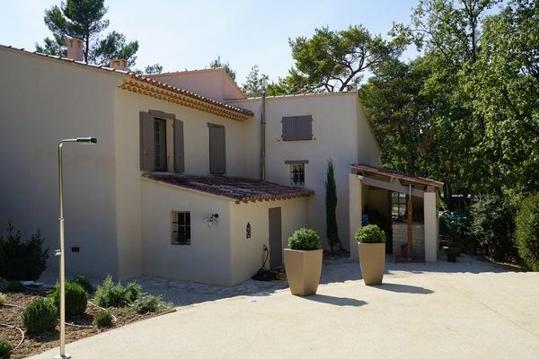 MÉNERBES - Annonce Maison à vendre5 pièces - 122 m²