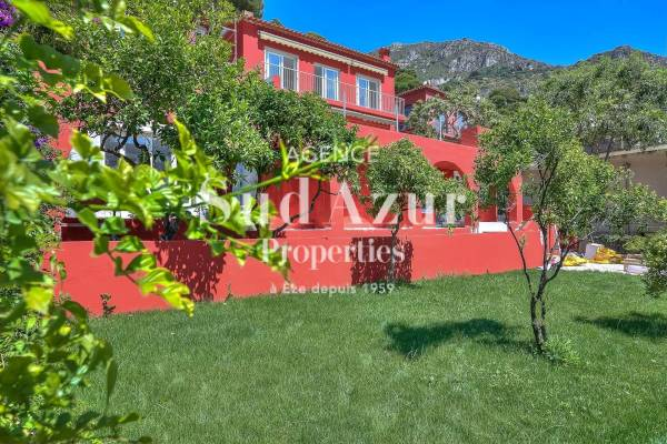 EZE - Advertisement House for sale9 rooms - 296 m²