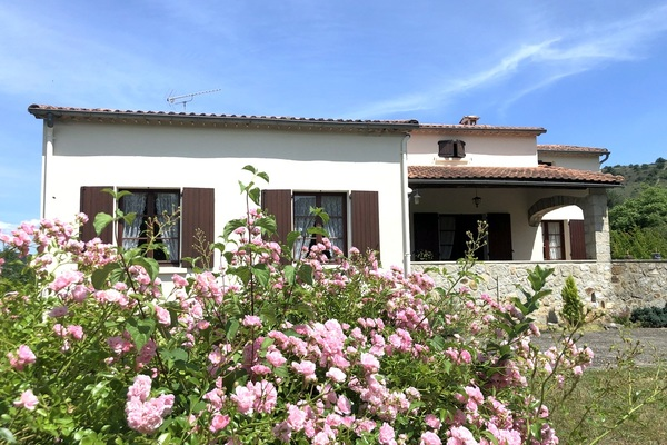 LES VANS - Annonce Maison à vendre9 pièces - 155 m²
