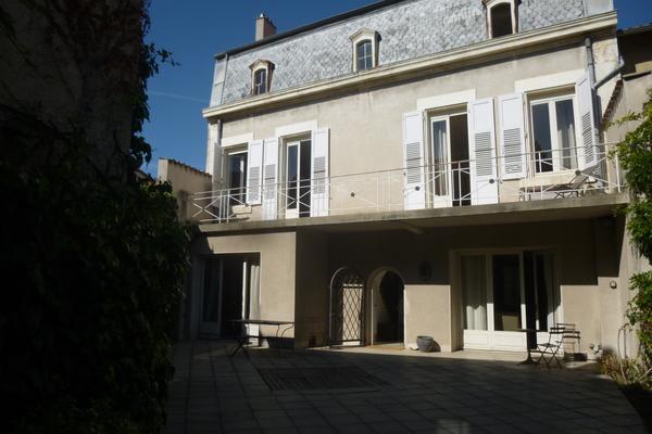 VALENCE - Annonce Maison à vendre10 pièces - 297 m²