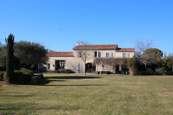 MONTEUX - Annonce Maison à vendre10 pièces - 300 m²