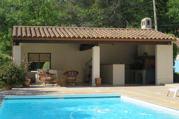 EGUILLES - Annonce Maison à vendre6 pièces - 202 m²