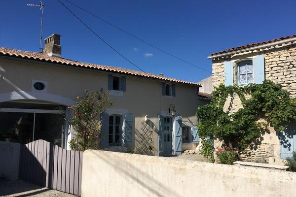 CORME ECLUSE - Annonce Maison à vendre5 pièces - 196 m²