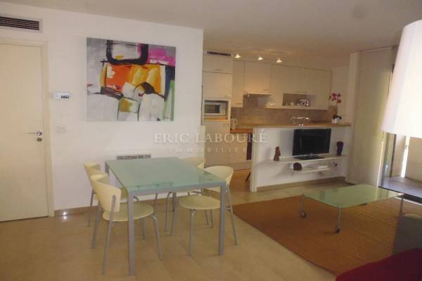 CANNES - Advertisement Apartment for rental3 rooms - 70 m²