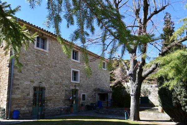 VENASQUE - Annonce Maison à vendre12 pièces - 460 m²