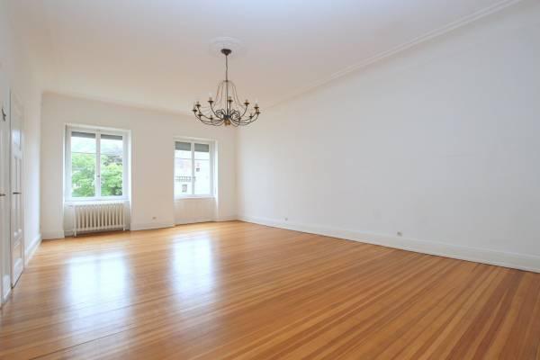STRASBOURG - Annonce Appartement à louer5 pièces - 208 m²
