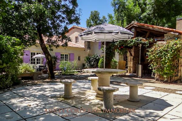 ST MEDARD D AUNIS - Annonce Maison à vendre6 pièces - 350 m²