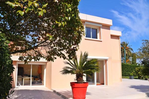 MANDELIEU-LA-NAPOULE - Annonce Maison à vendre5 pièces - 118 m²