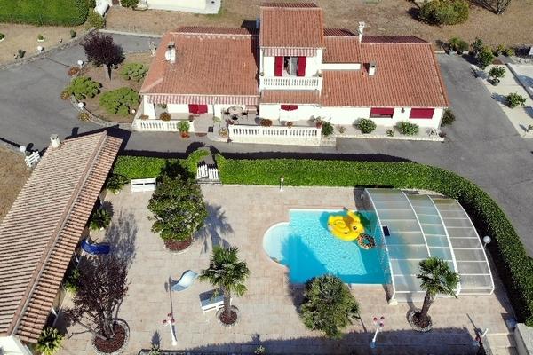 ST-AMBROIX - Annonce Maison à vendre10 pièces - 166 m²