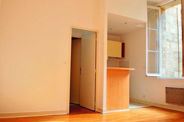 vente appartement 2 pi ces 43 m bordeaux home invest 1707759. Black Bedroom Furniture Sets. Home Design Ideas