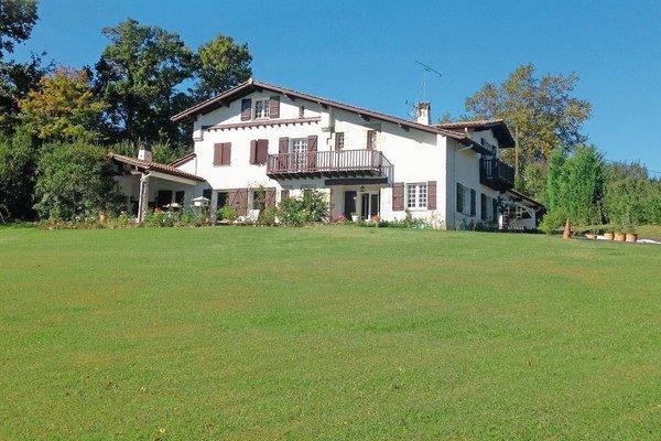 Vente Maison Villa 8 Pieces 275 M Arcangues Cote D Argent