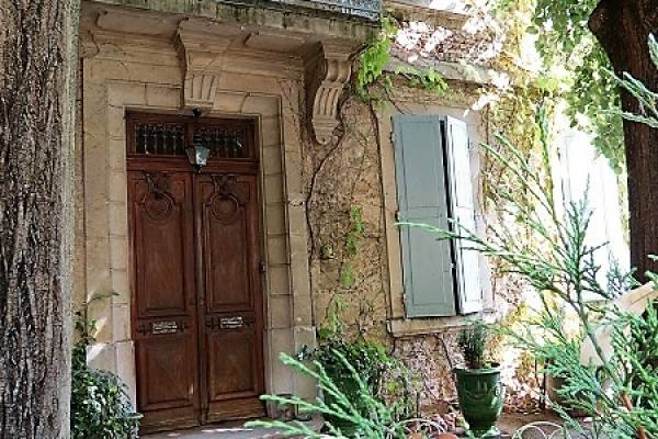 CHABEUIL - Advertisement House for sale15 rooms - 480 m²