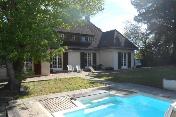 ORVAULT - Annonce Maison à vendre9 pièces - 260 m²