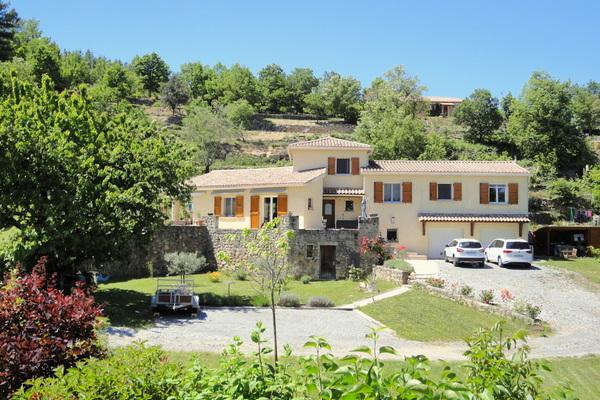LES VANS - Annonce Maison à vendre6 pièces - 160 m²