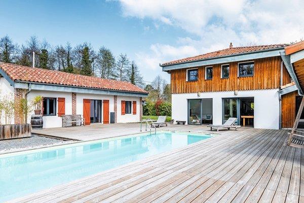 SOUSTONS - Annonce Maison à vendre10 pièces - 300 m²