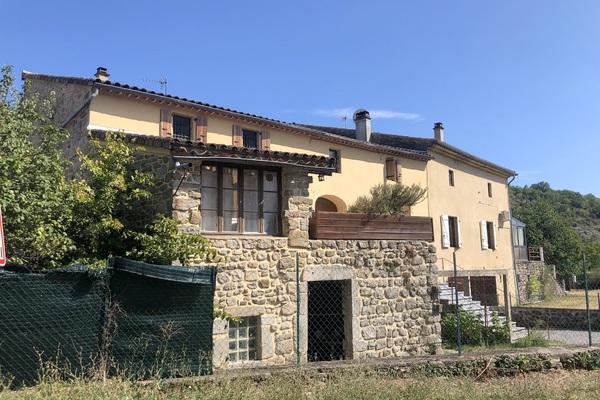 LES VANS - Annonce Maison à vendre10 pièces - 250 m²