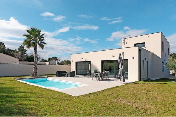 ENTRAIGUES-SUR-LA-SORGUE - Annonce Maison à vendre5 pièces - 163 m²