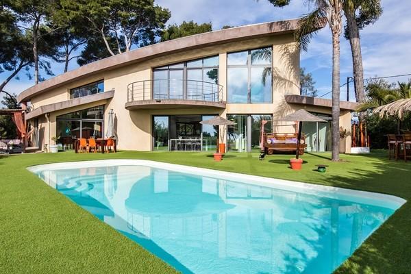 VALLAURIS - Annonce Maison à vendre5 pièces - 225 m²