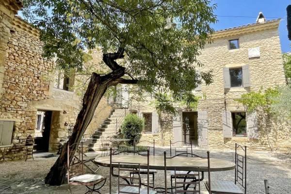 GORDES - Annonce Maison à vendre400 m²