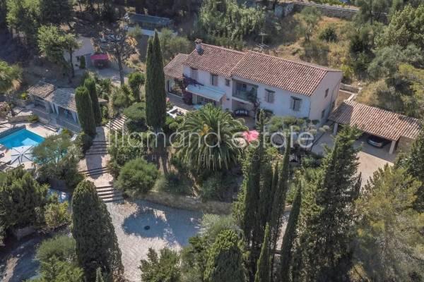 PEYMEINADE - Annonce Maison à vendre8 pièces - 380 m²