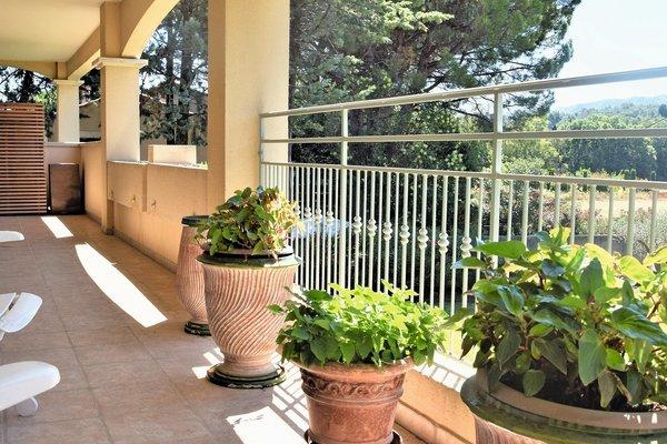 ST-RÉMY-DE-PROVENCE - Annonce Appartement à vendre5 pièces - 147 m²