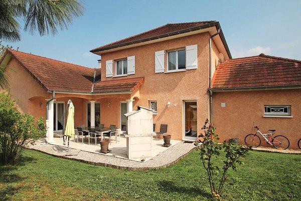 BELLEY - Annonce Maison à vendre6 pièces - 164 m²