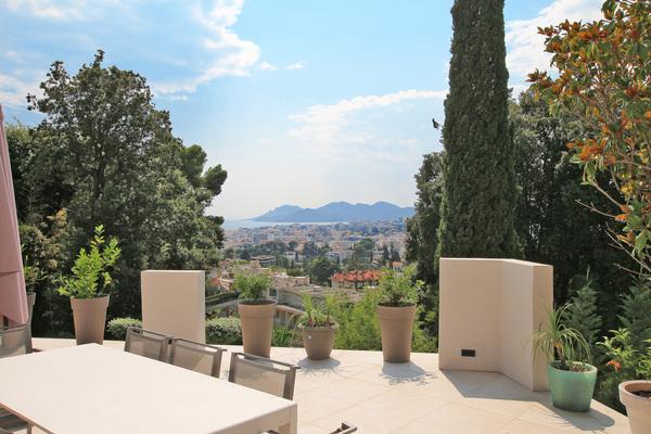 LE CANNET - Annonce Maison à vendre7 pièces - 225 m²
