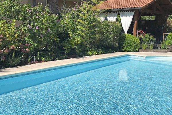 MÉZOS - Annonce Maison à vendre9 pièces - 350 m²