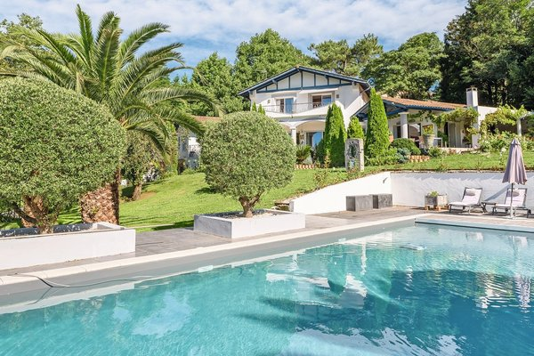 BIDART - Advertisement House for sale7 rooms - 280 m²
