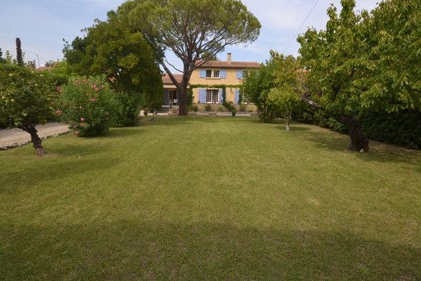 ST-RÉMY-DE-PROVENCE - Annonce Maison à vendre5 pièces - 205 m²