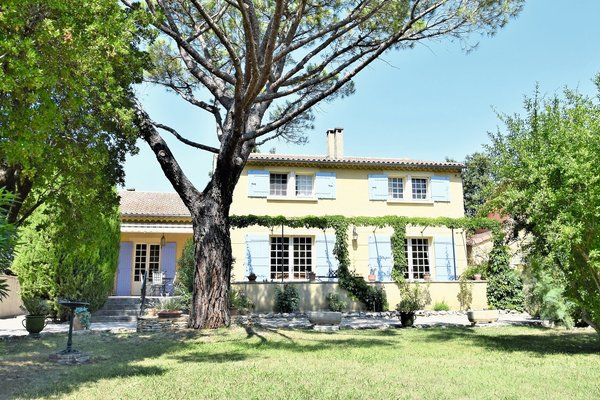 ST-RÉMY-DE-PROVENCE - Annonce Maison à vendre5 pièces - 180 m²