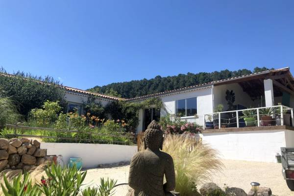 LES VANS - Annonce Maison à vendre6 pièces - 190 m²