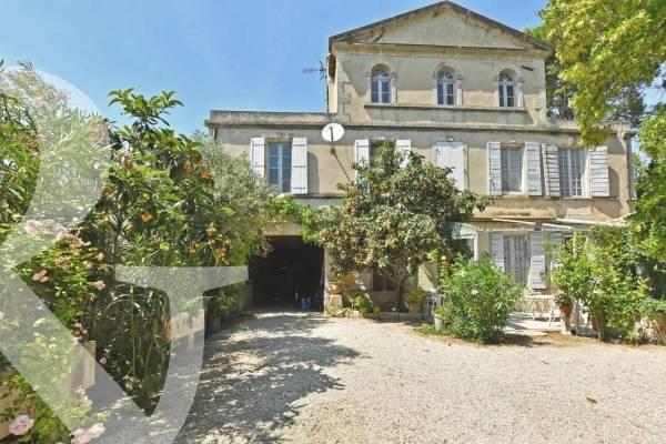MOURIES - Annonce Maison à vendre13 pièces - 585 m²