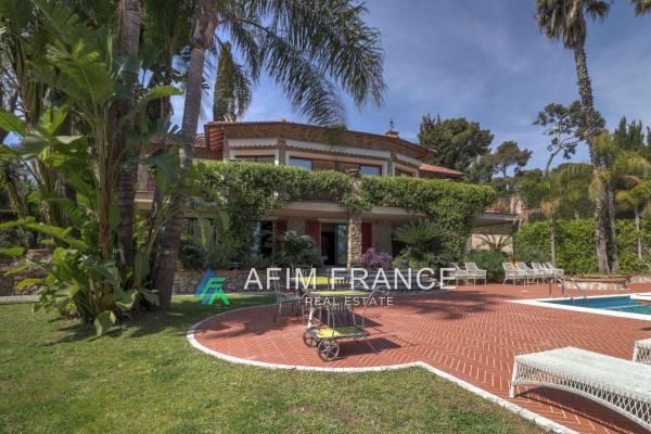 ROQUEBRUNE-CAP-MARTIN - Annonce Maison à vendre7 pièces - 360 m²