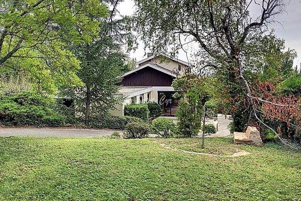 ST-CYR-AU-MONT-D'OR - Annonce Maison à louer8 pièces - 200 m²