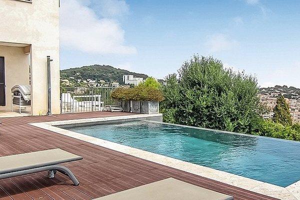 VALLAURIS - Annonce Maison à vendre5 pièces - 170 m²