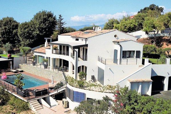 CAGNES-SUR-MER - Annonce Maison à vendre9 pièces - 350 m²