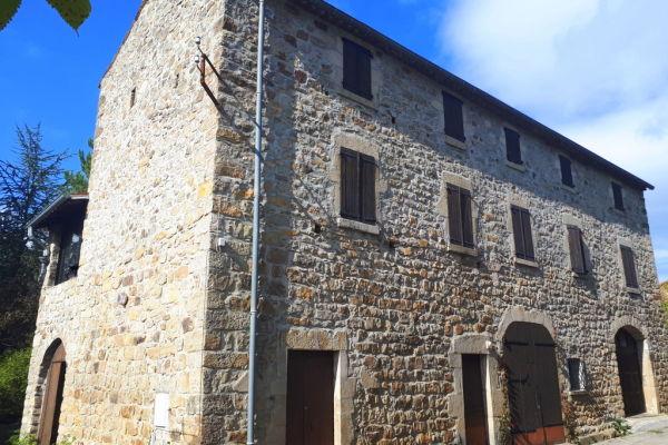 LES VANS - Annonce Maison à vendre9 pièces - 210 m²