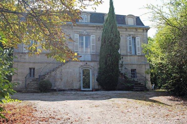 BASSENS - Annonce Maison à vendre11 pièces - 385 m²