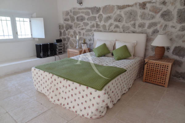 LE BAR-SUR-LOUP - Advertisement house for sale