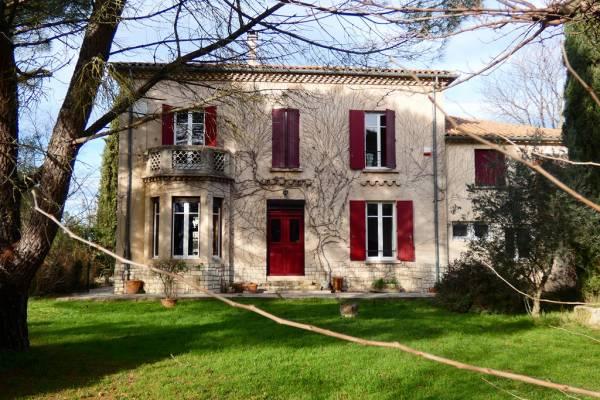 UZÈS - Annonce Maison à vendre14 pièces - 339 m²