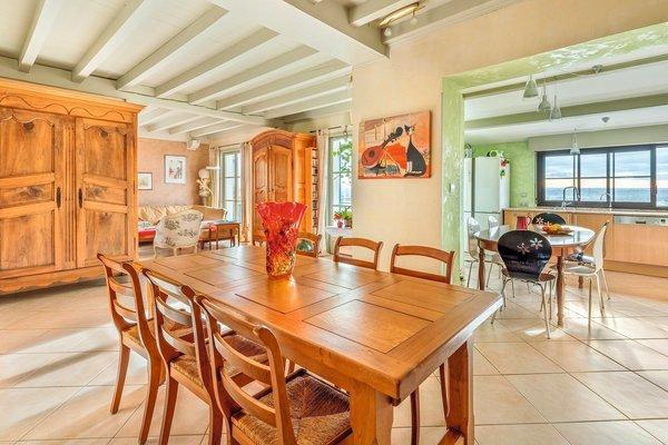 MONTLUEL - Annonce Maison à vendre9 pièces - 238 m²