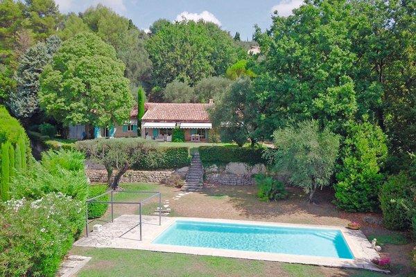 CHATEAUNEUF-GRASSE - Annonce Maison à vendre9 pièces - 190 m²