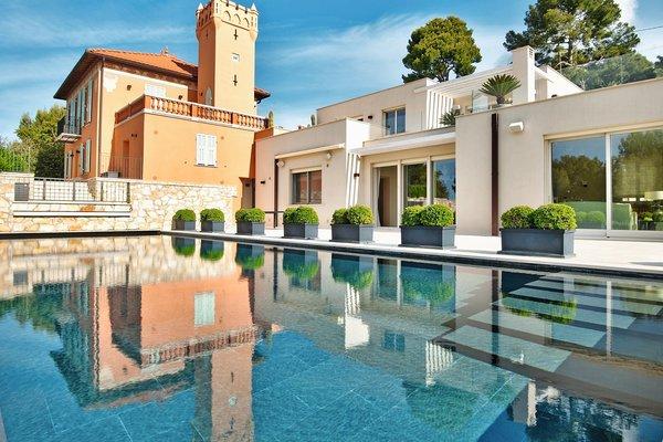 VILLEFRANCHE-SUR-MER - Annonce Maison à vendre10 pièces - 384 m²